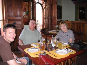 John & the in-laws enjoying some tasty beverages at Los Pilares