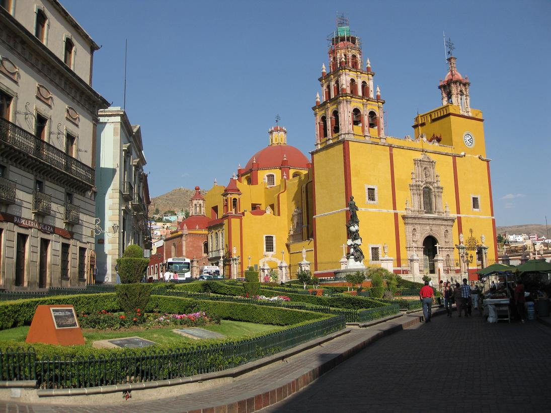 And another shot of colorful Guanajuato